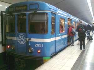 Första tunnelvagnen av typ C6 från 1970