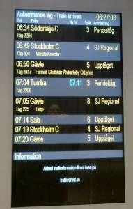 Uppsala C, informationsskylt ankommande tåg
