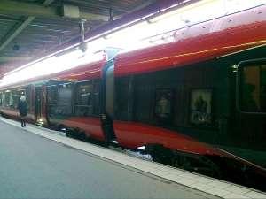 MTR Express, mittenboggier