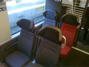 MTR Express, sittplatserna
