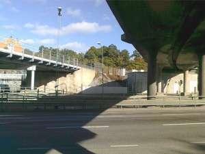 Spårbroarna över Drottningholmsvägen norr om Alvik