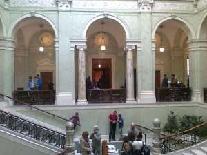 Trapphuset mellan gamla förstakammarsalen och andrakammarsalen
