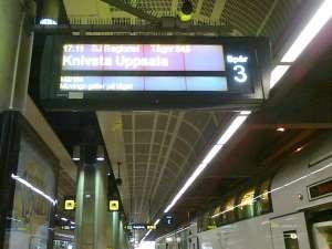 Plattformsskyilt Movingo gäller på tåget