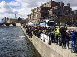 Laxsläppet sett från Strömbron