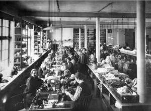 1899 Hantverkargatan 29 A.B. Levins Strå- och Filthattsfabrik